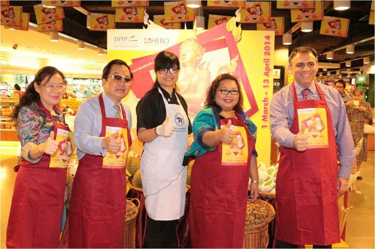 Rangkaian acara Opening Experiencing Thailand 2014 di Mall Taman Anggrek, Sabtu 8 Maret 2014