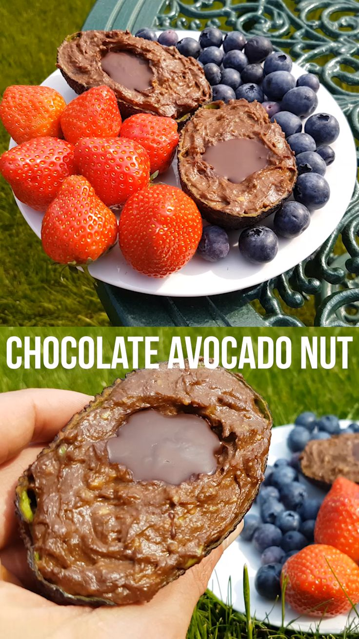 Schokoladen Avocado Nuss Pudding – vegan + gesund