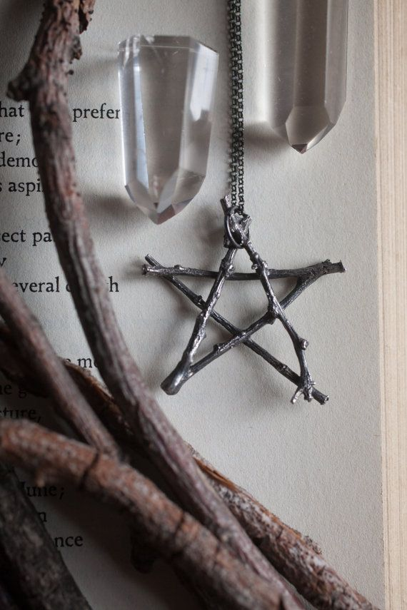 The Woodland Pentagram Necklace // Silva by UnusualOptical on Etsy #jewerly #necklace #pentagram