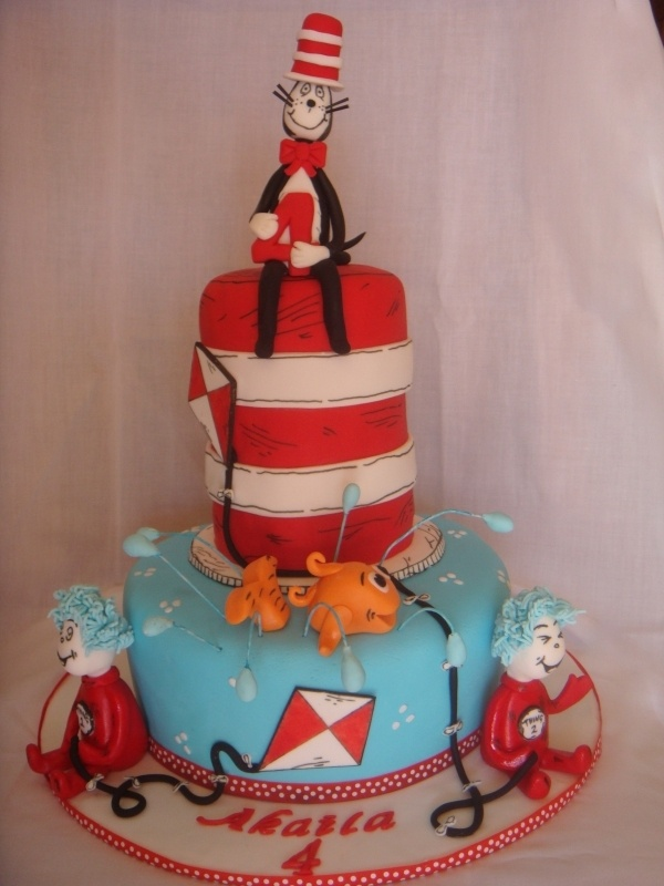 17 Best Images About Cat In The Hat On Pinterest Fondant