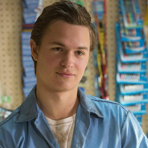 ARE WE JUST GOING TO IGNORE THE FACT THAT ANSEL ELGORT WAS IN PAPER TOWNS AS THE SALES CLERK AT THE GAS STATION?! <<< Am I the only person who wanted him to play Gus from the SunTrust building instead? XD At least John Green spared us a Gus... just not the one we wanted. T^T