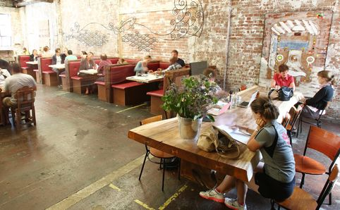 Summer cafés