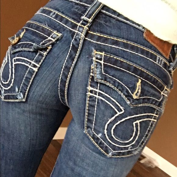 Big star jeans Great condition! Just missing one button on the back pocket. Not too noticeable. Big Star Jeans Skinny