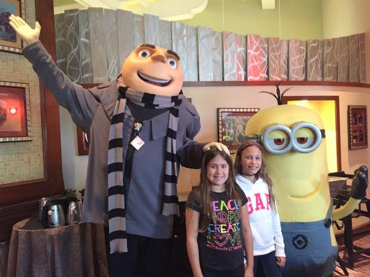 Café da manhã com personagens no Hard Rock Hotel no Universal Orlando Resort