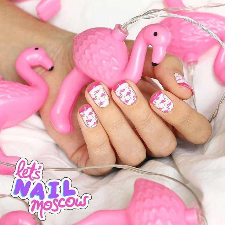 #nails #nailart #beautifulnails #funnails #ногти #маникюр #красивыеногти #31dc2016 #animalprintnails  #flamingonails  Эта гирлянда не давала мне спокойно жить года 3: я ее увидела в Городе Хищниц и потеряла покой. В Москве не нашла на ebay не нашла.  И тут в последний день моего европейского деньроженьского путешествия я нахожу ее в магазине декора в Германии.  Если бы в чемодане не хватило места - я бы обмоталась ей сверху донизу и полетела так. А может и по сей день так ходила бы. А может…