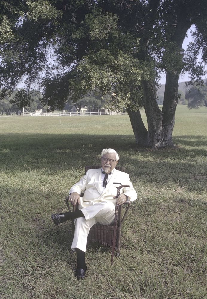 10 Unpublished Photos Of The REAL Colonel Sanders
