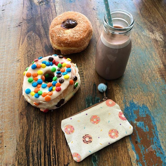 Sunday treats 🙊🍩 Featuring the donuts coins purse, had to make one for myself 🍩🍩🍩
