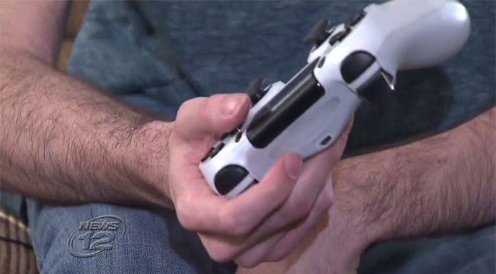 Sony-medewerker maakt speciale PS4 controller voor gamer met hersenverlamming
