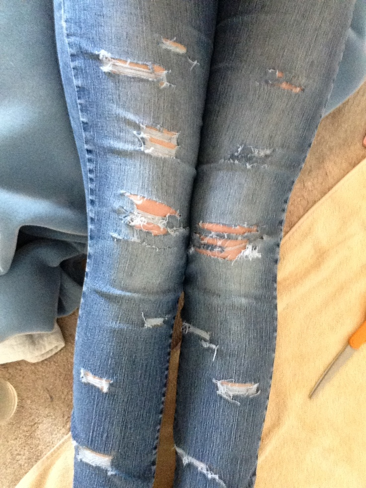 27 best DIY ripped jeans images on Pinterest | Diy ripped jeans Bricolage and Craft ideas