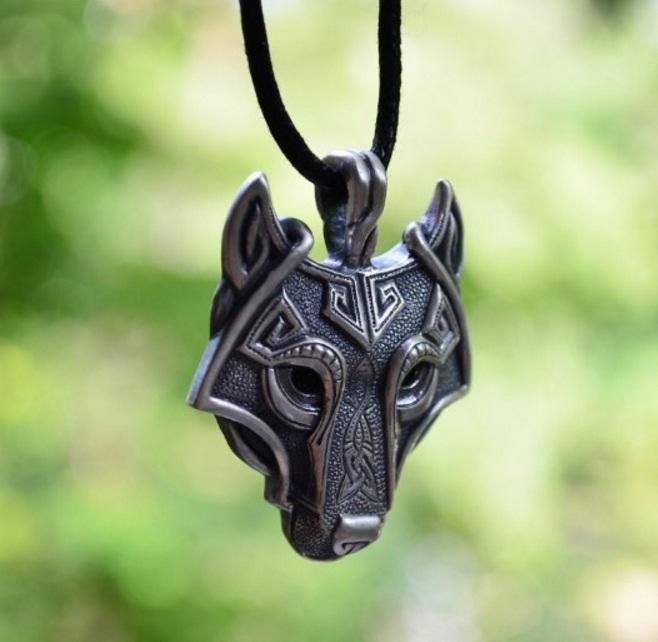 pewter norse wolf macht pendant museumreplicascom - 658×642