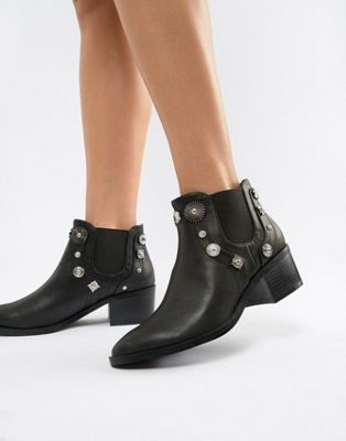 dbdcec167aa Pieces Western Stud Chelsea Boot | wishlist | Boots, Chelsea boots ...