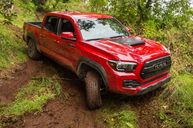 2017 Toyota Tacoma 4x4 TRD Pro front three quarter off road 05
