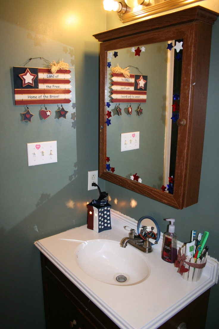 Xmas bathroom decor - Patriotic Bathroom Sink Mirror 2012 Check Out My Cute Scentsy Warmer To Match My Decor