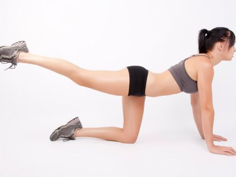 Runners and Weak Hips: 5 Hip-Strengthening Exercises - WRC - www.womensrunningcommunity.com