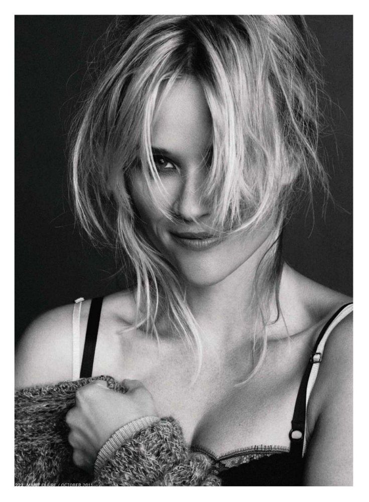 Reese Witherspoon messy hair! By Tesh for Marie Claire US October 2011