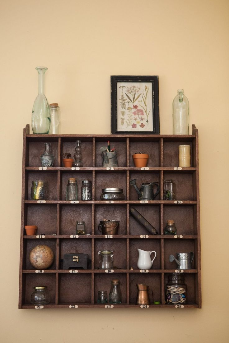 A good idea for displaying lots of small knick knacks.