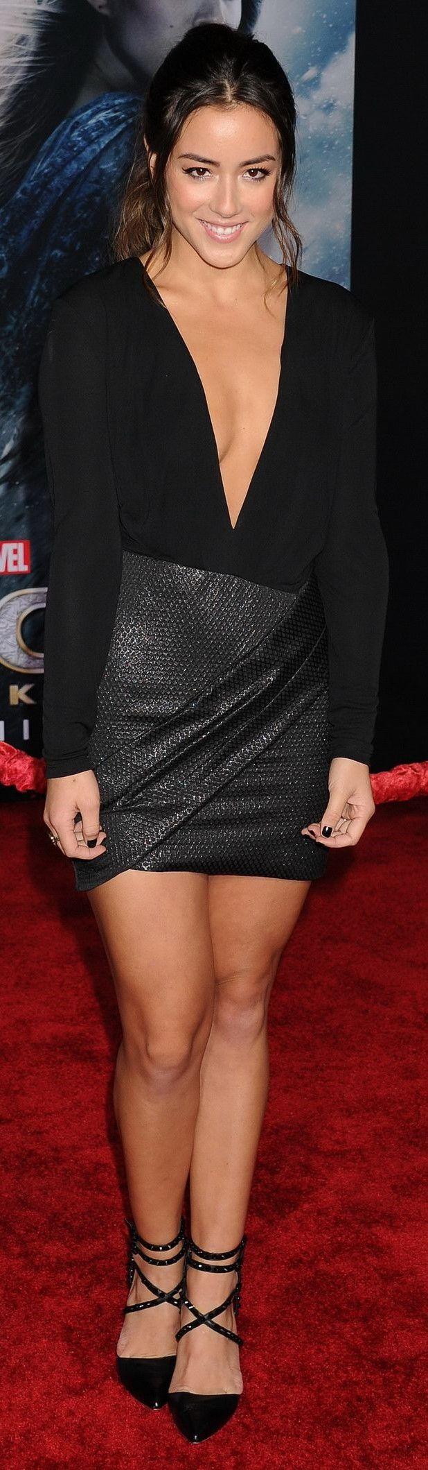 Chloe Bennet !! Chloe Wang, connue sous le nom de scène Chloe Bennet, est une actrice et chanteuse américaine née le 18 avril 1992 à Chicago dans l'Illinois. Wikipédia