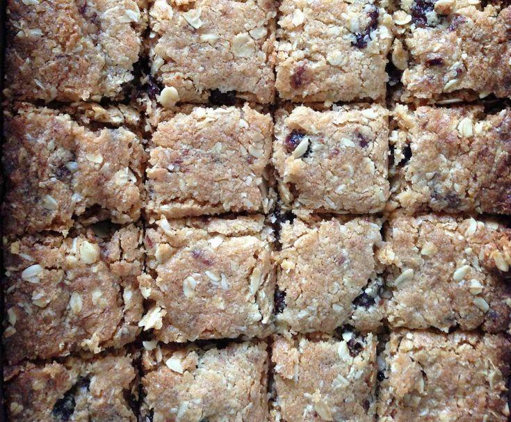 Recipe Honey Oat Slice by rissa2308 - Recipe of category Baking - sweet