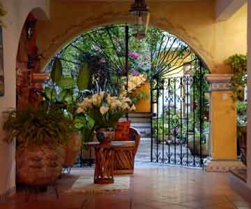 141 best images about hacienda architecture on pinterest for Mexican ranch style homes