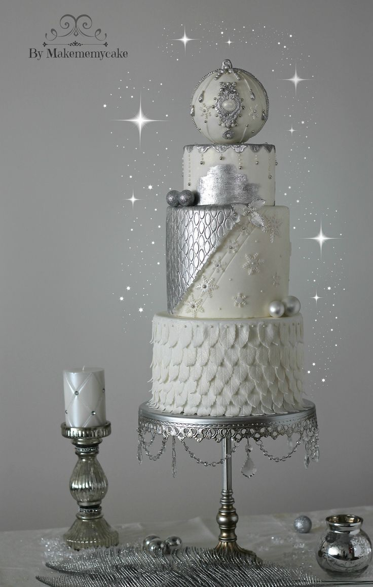 The cake has only two colors. The silver is hand...