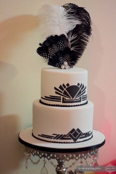 1920s art deco cake with feathers