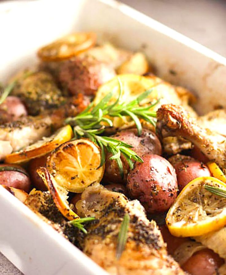 2. Roasted Lemon Chicken With Potatoes and Rosemary #whole30 #recipes http://greatist.com/eat/whole30-dinner-recipes