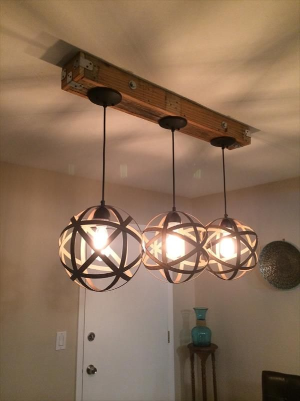 DIY Pallet and Mason Jar Light Fixture | 101 Pallets