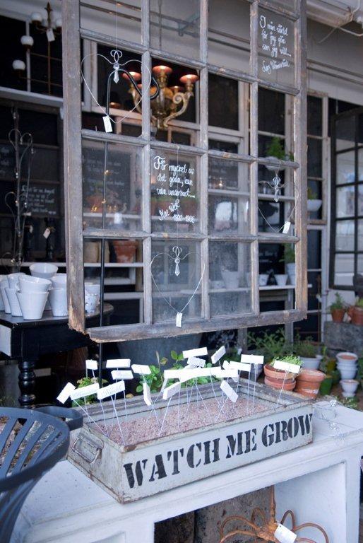 .: Gardens Ideas, Gardenc Ideas, Gardens Gardens, Cute Ideas, Crates Gardens, Herbs Gardens, Gardens Stakes, Transom Window, Great Ideas