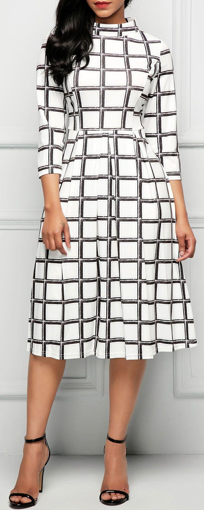 High Waist Printed Three Quarter Sleeve Dress.