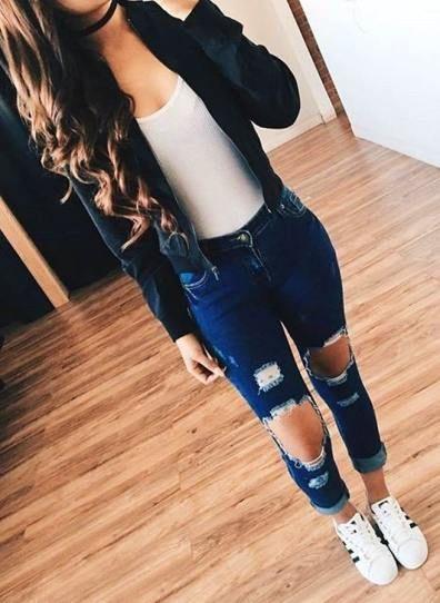 e89a13eba7ed 90 Stunning Basic Summer Outfit Ideas For Ladies - Get Idea