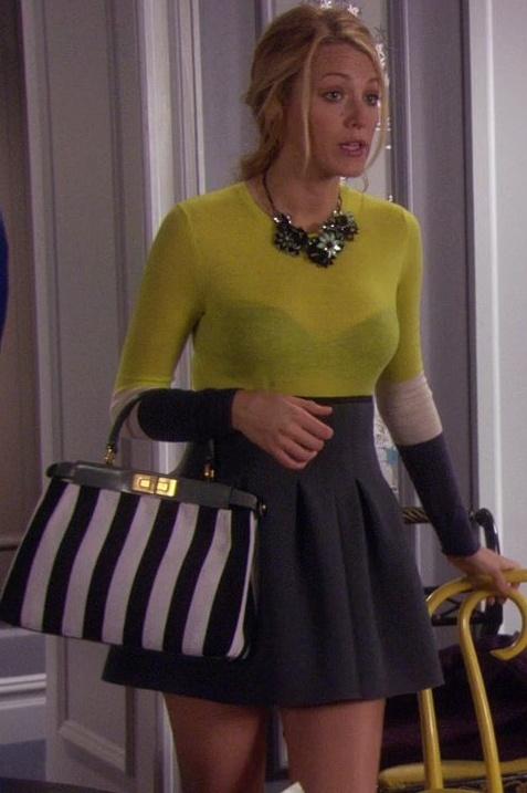 Serena van der Woodsen love the skirt and neon