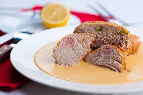 Máte chuť na dobře upravené vepřové maso? Klasika jménem hamburská pečeně vám bude určitě chutnat. Naučte se ji krok za krokem!