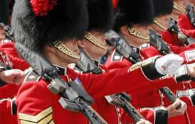 Changing the Guard at Buckingham Palace / Dates and Times Schedule