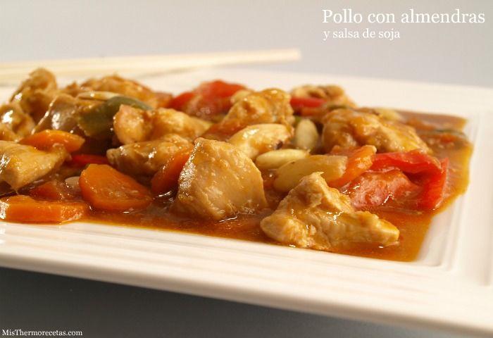 Pollo con almendras y salsa de soja (Thermomix)