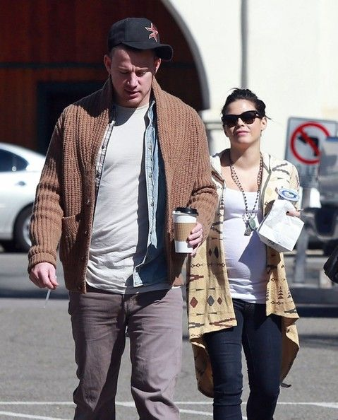 Channing Tatum Photo - Channing Tatum and Jenna Dewan Grab Coffee  with family 2/28/13