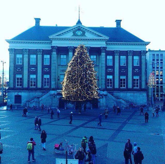 OMG just SO beautiful   #Netherlands #holland #Groningen #Amsterdam #Europe #European #travel #travelblogger #blogger #beautiful #love #adventure #travellikedance #gopro  #sponsorship #building #beautifulplace #ヨーロッパ #オランダ #旅 #Christmas #christmastree #romantic #sns