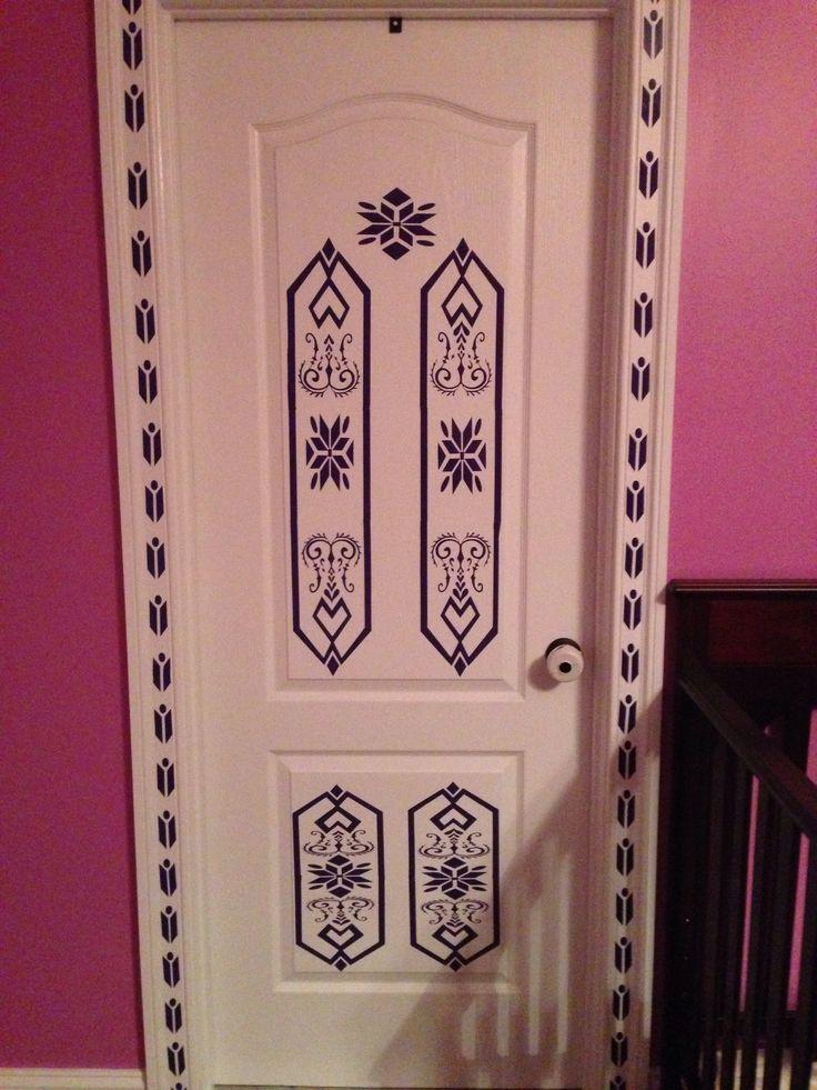 frozen elsa 39 s door kid s room pinterest elsa doors and sister room. Black Bedroom Furniture Sets. Home Design Ideas