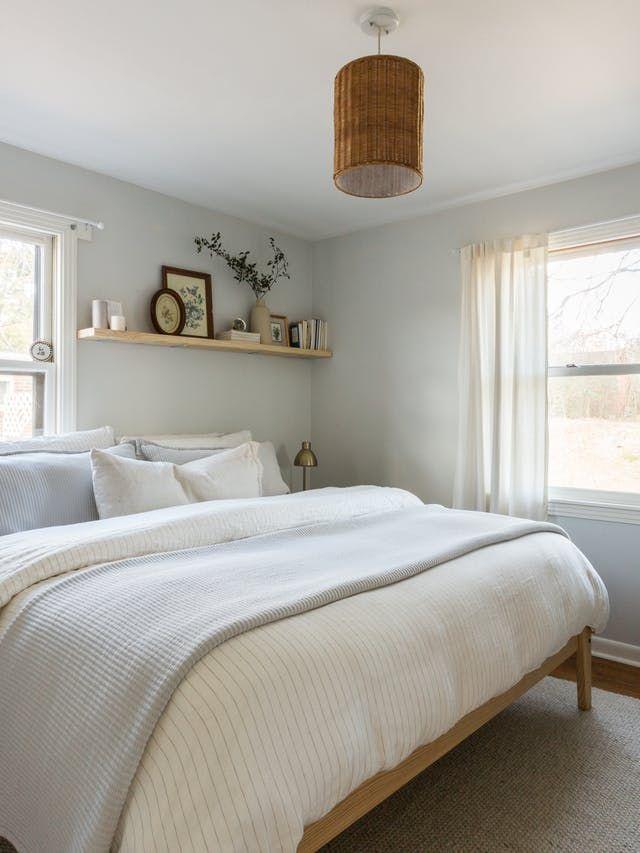 12 Cozy Bedroom Ideas That Guess Next Year S Color Trends Small Guest Bedroom Bedroom Interior Remodel Bedroom
