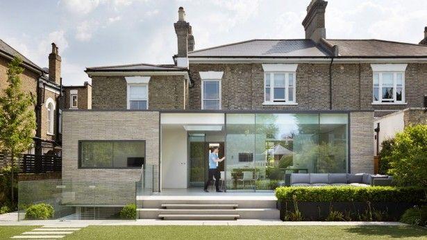 Victoriaans huis in Londen krijgt een moderne glazen aanbouw