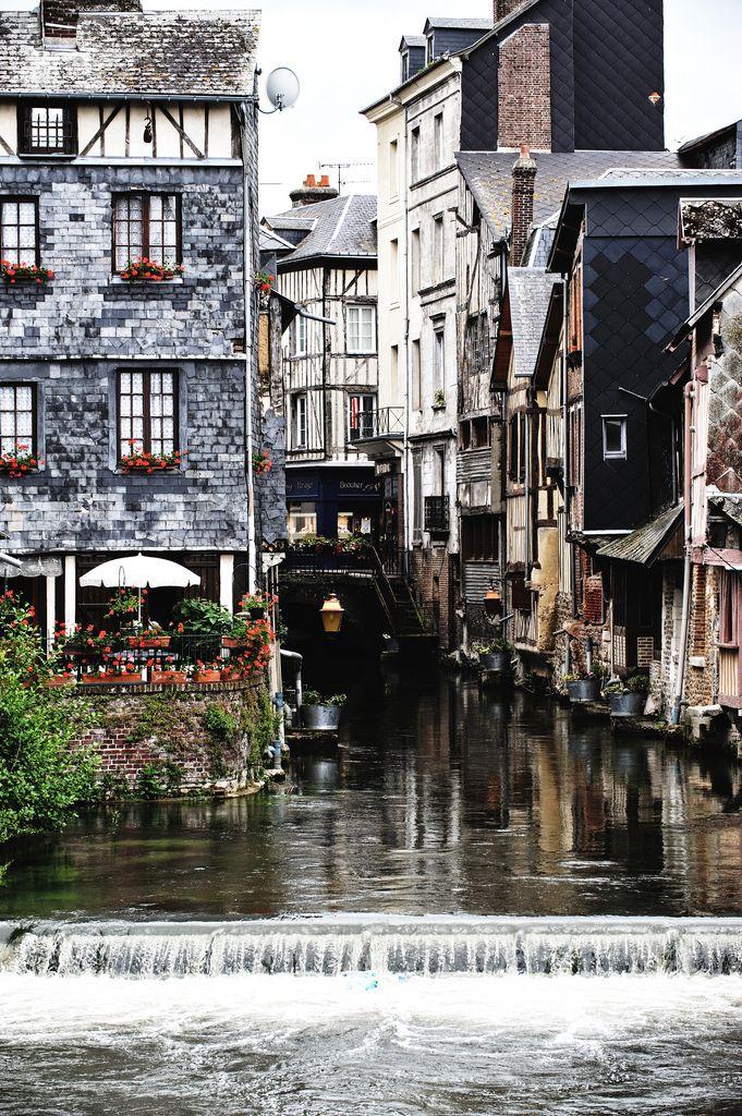 Les Canales ~ Pont Audemer. Haute-Normandie