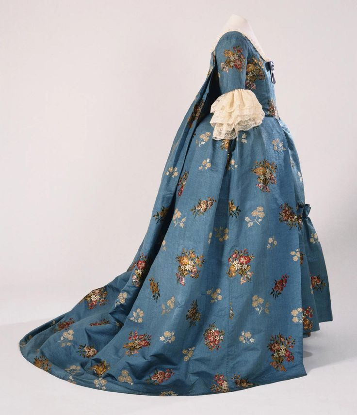 Philadelphia Museum of Art - Collections Object : Woman's Dress (Open Robe à la française and Petticoat), 1760-65.