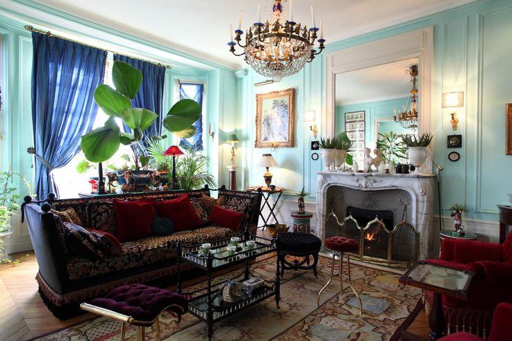 独自の世界を演出した19世紀の館のような邸宅 | 株式会社ジアス|オーダーカーテン インテリアコーディネート
