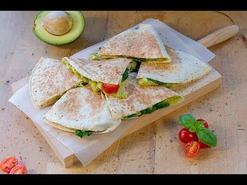 Avocado quesadilla - Quesadilha de abacate | COOKING HAPPINESS - YouTube