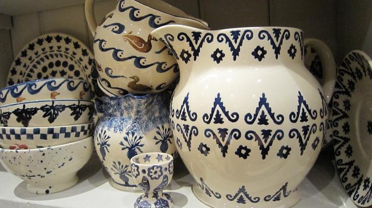 Bridgewater Jugs & French bowls