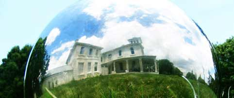 Pah Homestead / Wallace Trust Art Collection