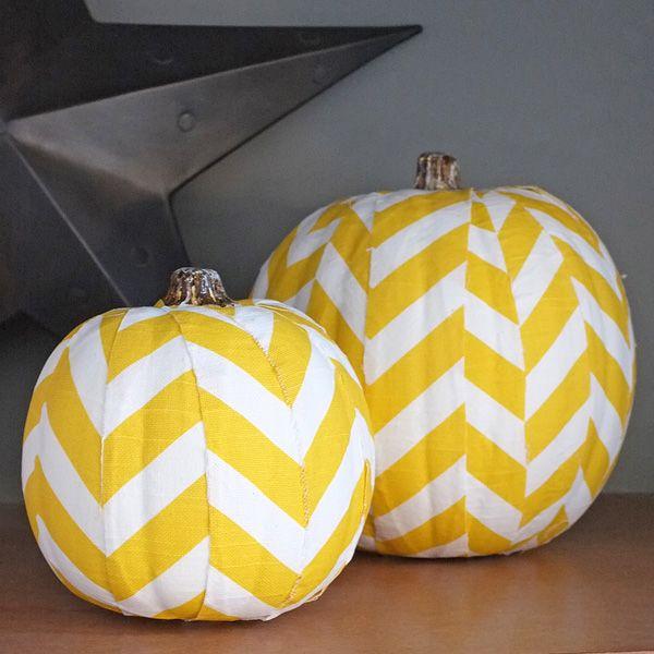 chevron pumpkins #talkingtables #halloween