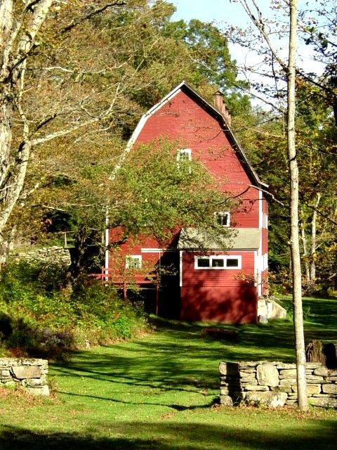 Country Living ~ love old red barns!