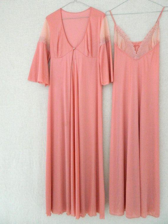 EnDORA . vintage womens long maxi nightdress by ThePaisley5Vintage