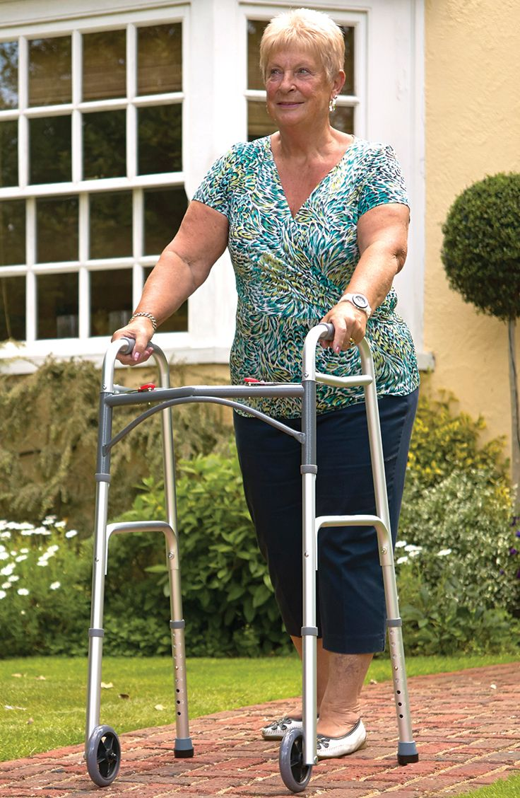 Excellent for aiding those with mobility issues around both indoors and outdoors the Folding Walking Frame is a convenient walking aid that you can fold down for easy storage and transportation.