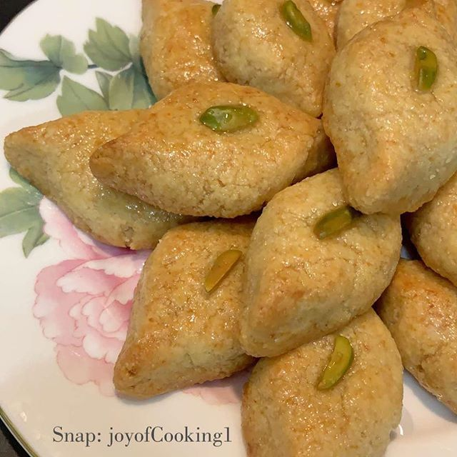 طريقة تحضير عيون المها Al Maha Eyes Cooking Recipes Cooking Food